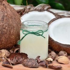 Ajoutez un goût des tropiques à l'hiver : meilleures utilisations de l'huile de coco